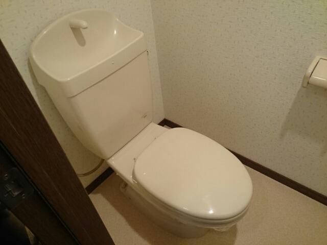 インテックスⅢ番館 02030号室のトイレ