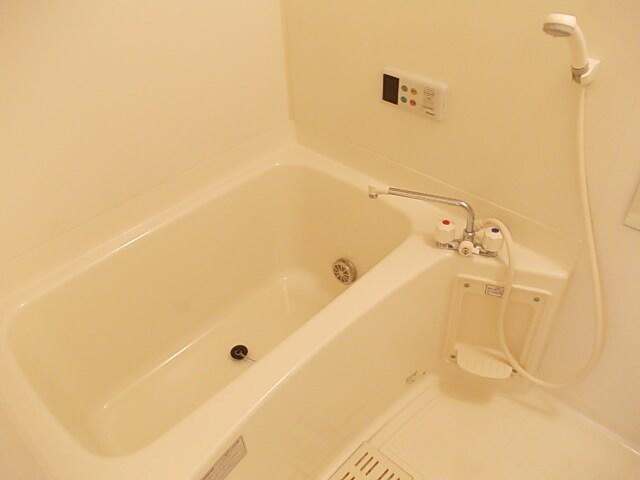 インテックスⅢ番館 02030号室の風呂