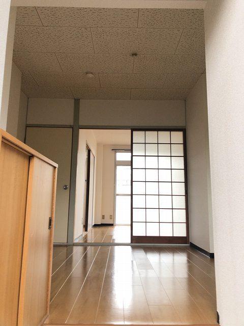 エルディム城南 01030号室の玄関