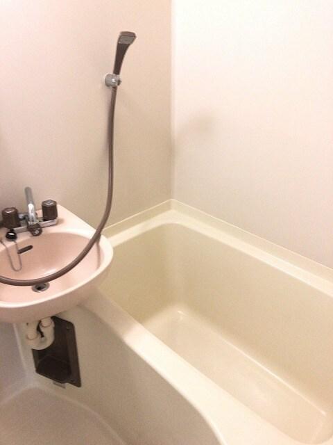 エルディム城南 01030号室の風呂