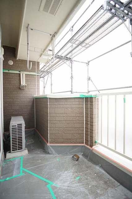 グランデ アウルム B 02010号室のバルコニー