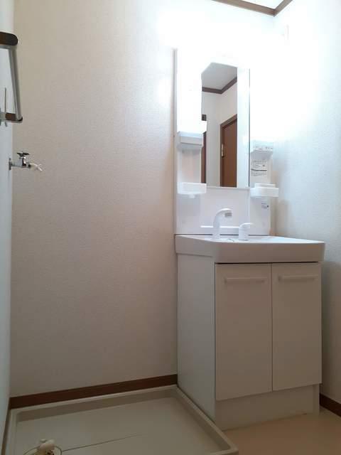 オーベルジュ・ド・ラフィーネ 01030号室のトイレ