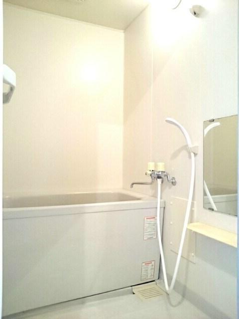 カームシーサイド 02050号室の風呂