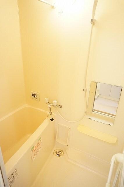 マーヴェラス太田 02040号室の風呂