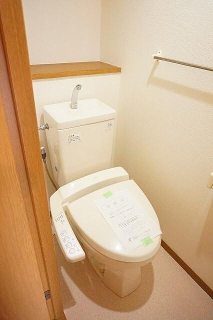 マーヴェラス太田 02040号室のトイレ
