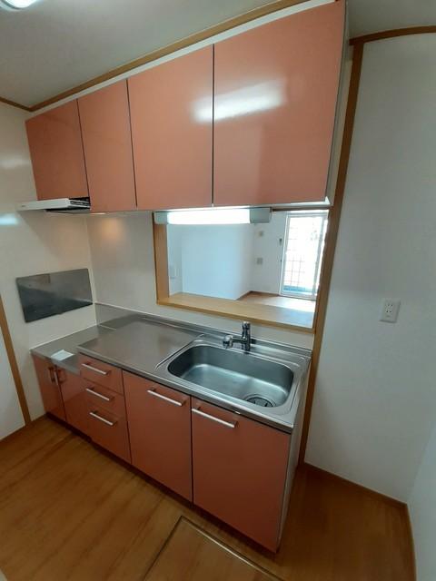 フォレスタ ロヴィーネ 1 01040号室のキッチン