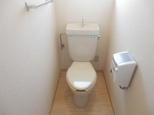 ツインプラザA 302号室のトイレ