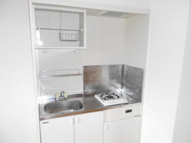 COMODO藤城C 02020号室のキッチン