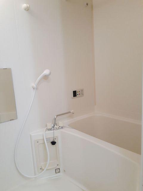 ウ゛ィオラ・トリコロル 01030号室の風呂