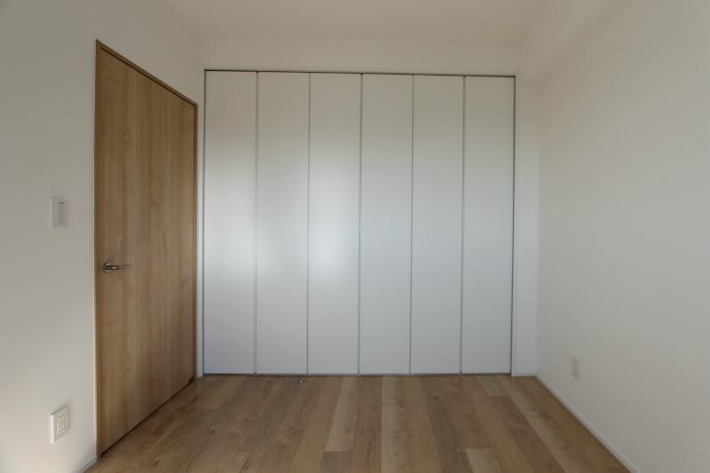 アートフォルム元城 1102号室のリビング