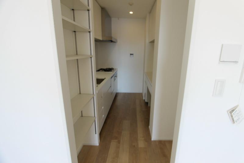 アートフォルム元城 1102号室のキッチン