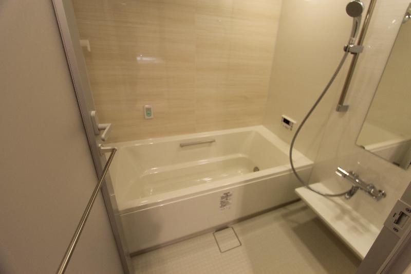アートフォルム元城 1102号室の風呂