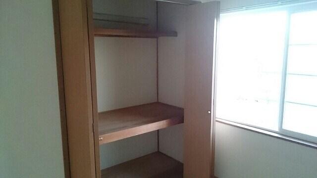 デュオハイツ 02020号室の収納