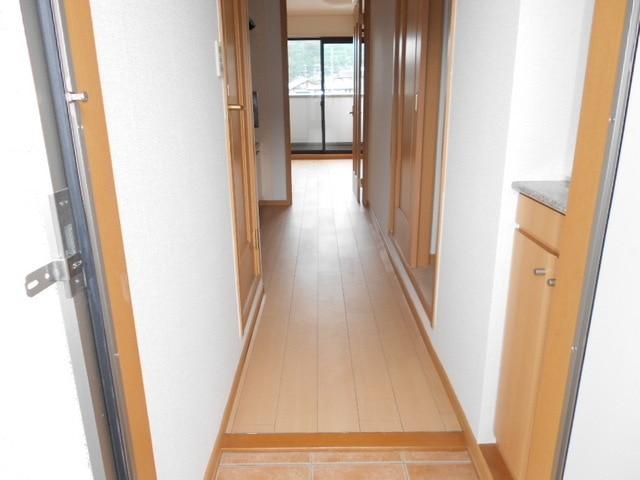 サンパレス21 C 02040号室の玄関