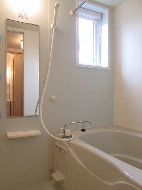 ベル・フルールA 01010号室の風呂