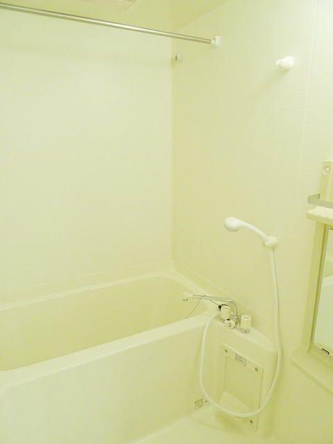 プラムコート 02010号室の風呂