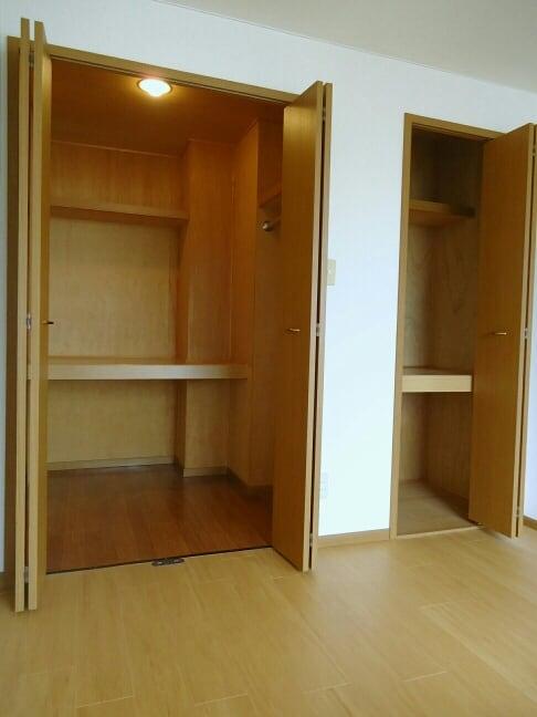 クレストール保美 01010号室の洗面所