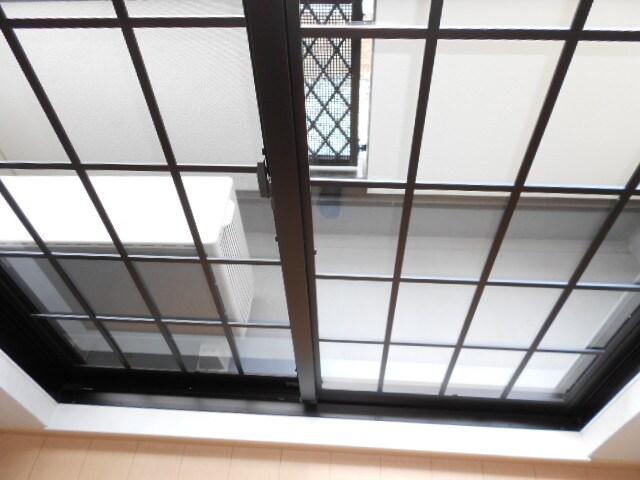 エバーグリーン B 01010号室のセキュリティ