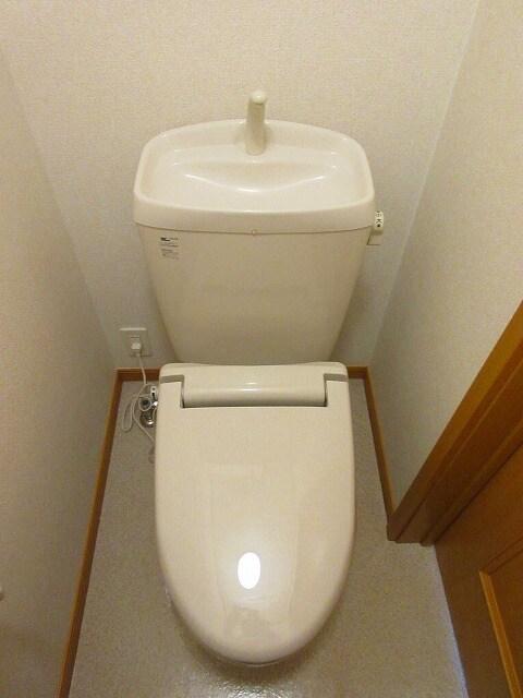 ルーナ・ピエーナ 02030号室のトイレ