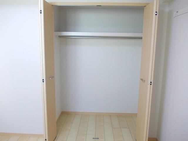 ララシャンス 02040号室の収納