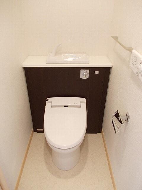 ララシャンス 02040号室のトイレ