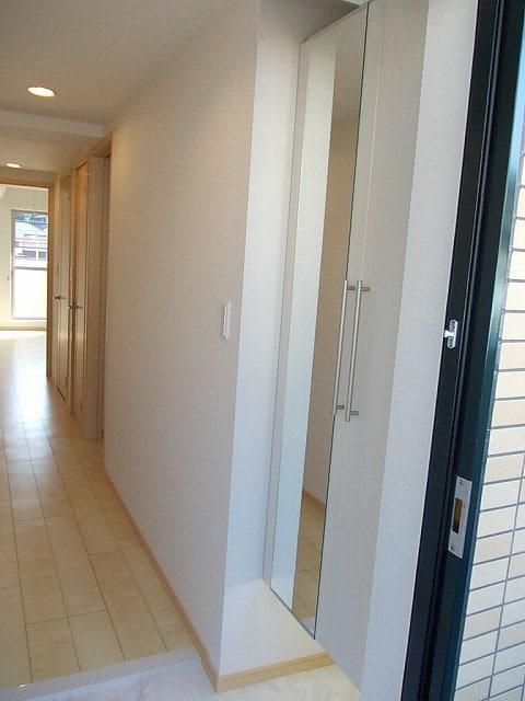 ララシャンス 02040号室の玄関