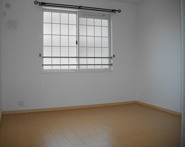 アミティエ東光 02020号室のリビング