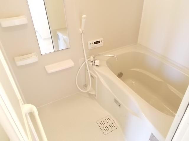 セレノカーサ 03010号室の風呂