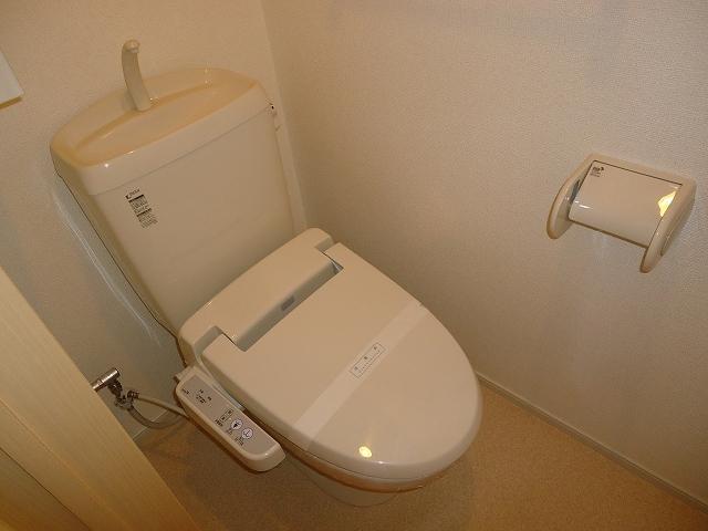 ルミエ-ルⅠ 02040号室のトイレ