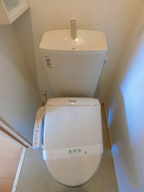 ピア・ドール・間々 Ⅰ 01050号室のトイレ