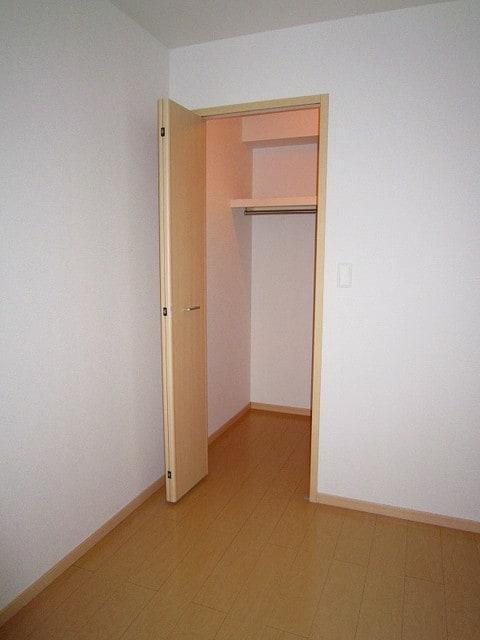 アプローズ 02010号室の収納