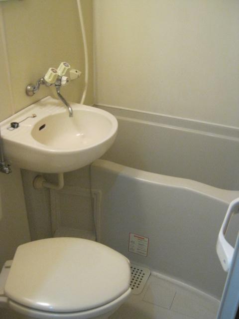 難波ハイツ 102号室の風呂