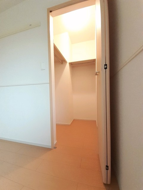 ヴィラ ソレイユ 01030号室の収納