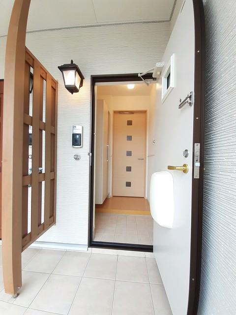 ヴィラ ソレイユ 01030号室の玄関