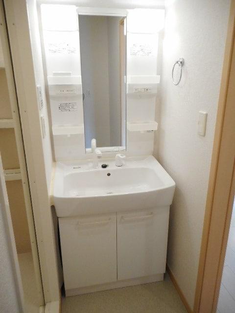 オネスト 01010号室の洗面所