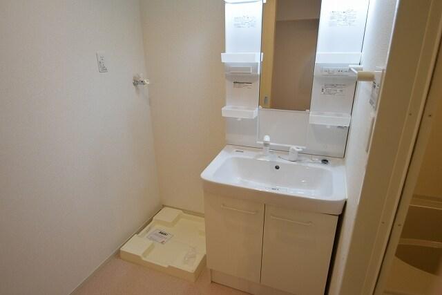 クラール上坂部 01040号室の風呂