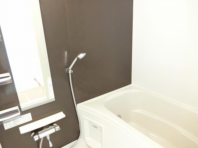 ラフレシールB 02010号室の風呂