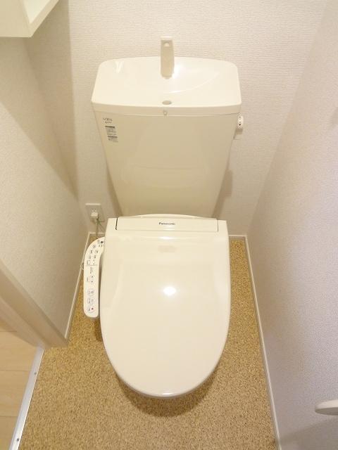 サザンクロス 01050号室のトイレ