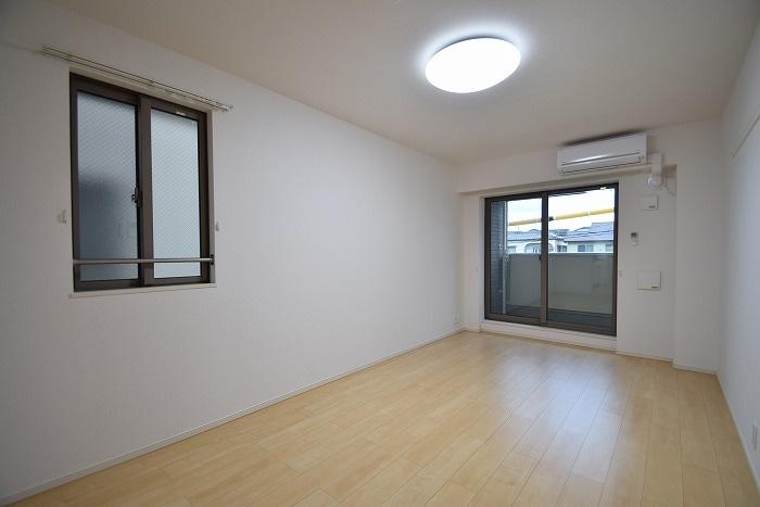 モデルノ リヴァー 02020号室のバルコニー
