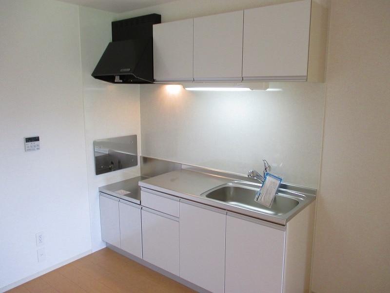 メゾン ラフレ 02030号室のキッチン