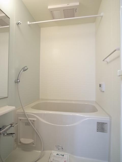 ボン・シャンス 01030号室の風呂