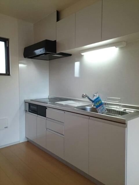 サン・ユウキ旭ヶ丘 02020号室のキッチン