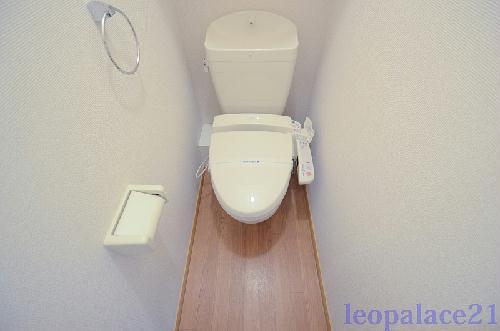 レオパレスジェントリー 103号室のトイレ