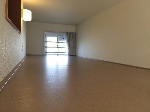 レオパレス昭徳Ⅱ 106号室の収納