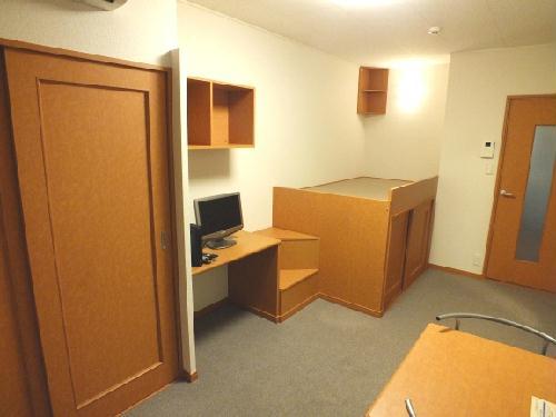 レオパレスクレールニトナ 206号室のリビング