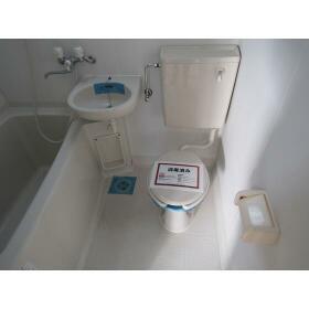Palazzo del sole(パラッツオ デル ソーレ) 402号室のトイレ