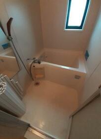 キャトルレーブ 202号室の風呂