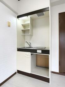 ダイナコート六本松2 802号室のキッチン