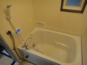 ホワイトメゾン 101号室の風呂