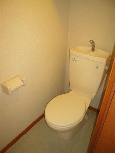 レオパレスサンライズ はしかべ 206号室のトイレ